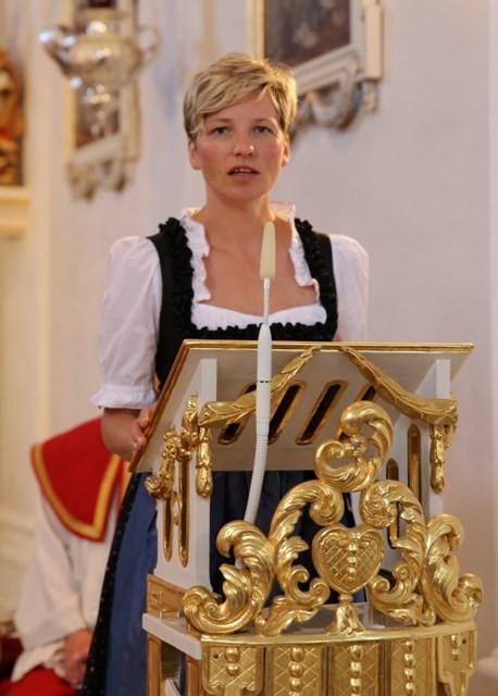 Frau Dr. Zinkl spricht