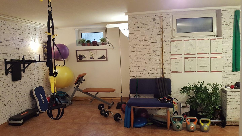 Monika Stottan im eigenen Fitness Raum - toll!