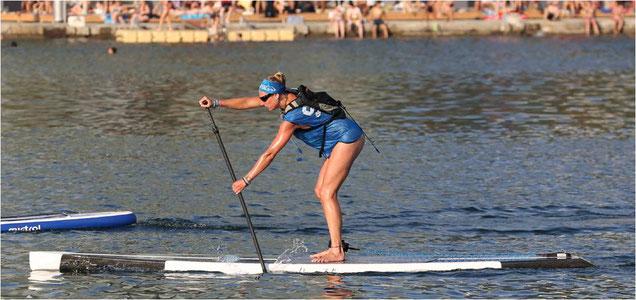 stand up paddler race sup race stehend paddeln rennen sup rennen sup wettbewerb meisterschaften