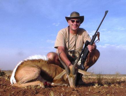 Einen alten Springbock nach aufregender Pirsch zur Strecke zu bringen, dass ist jedes mal etwas besonderes. Es ist Jagd. Es ist Namibia. Es ist einfach unbeschreiblich!