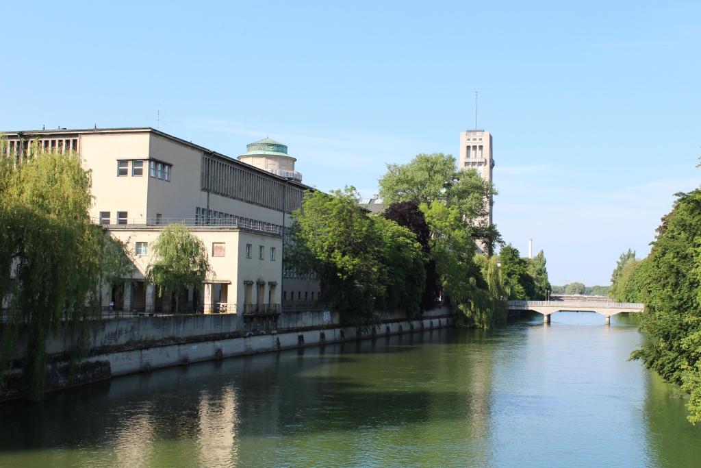 Isar am Deutschen Museum