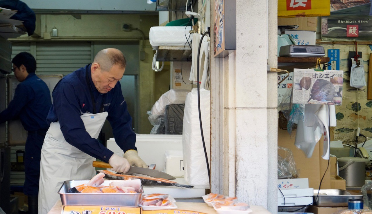 Der Tsukiji/Outer Market: Mit ruhiger Hand