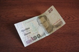 タイの20B(バーツ)紙幣