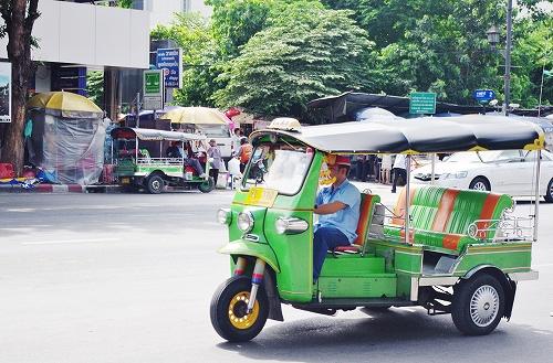 タイ王国バンコク交通tuktuk01