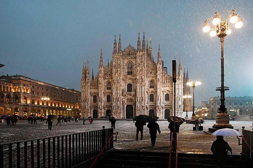 Milano, neve a piazza Duomo © Mario Taddeo 2010