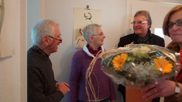 Blumen als Dank für die Künstlerin.
