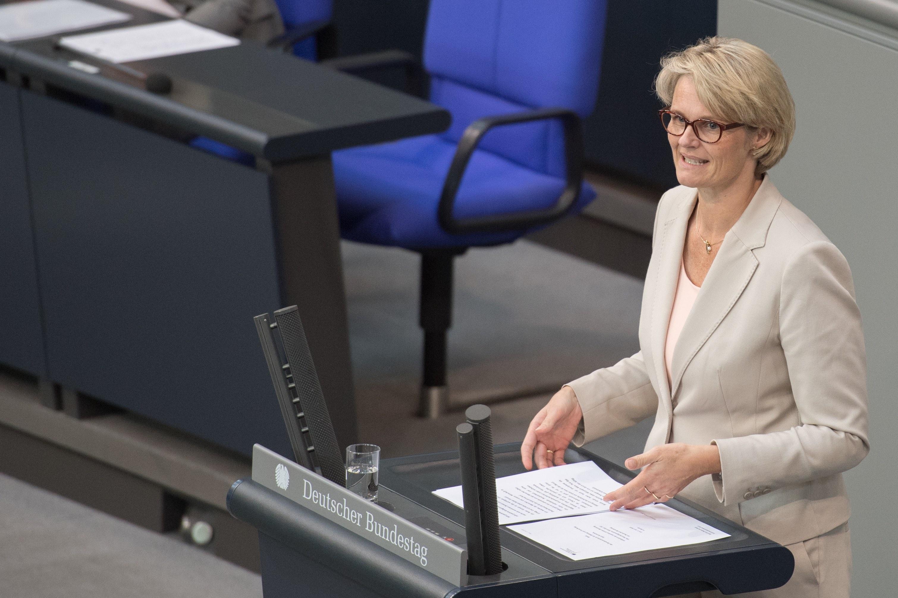 Anja Karliczek (CDU) vergangene Woche im Bundestag. Foto: BMBF/Hans-Joachim Rickel.