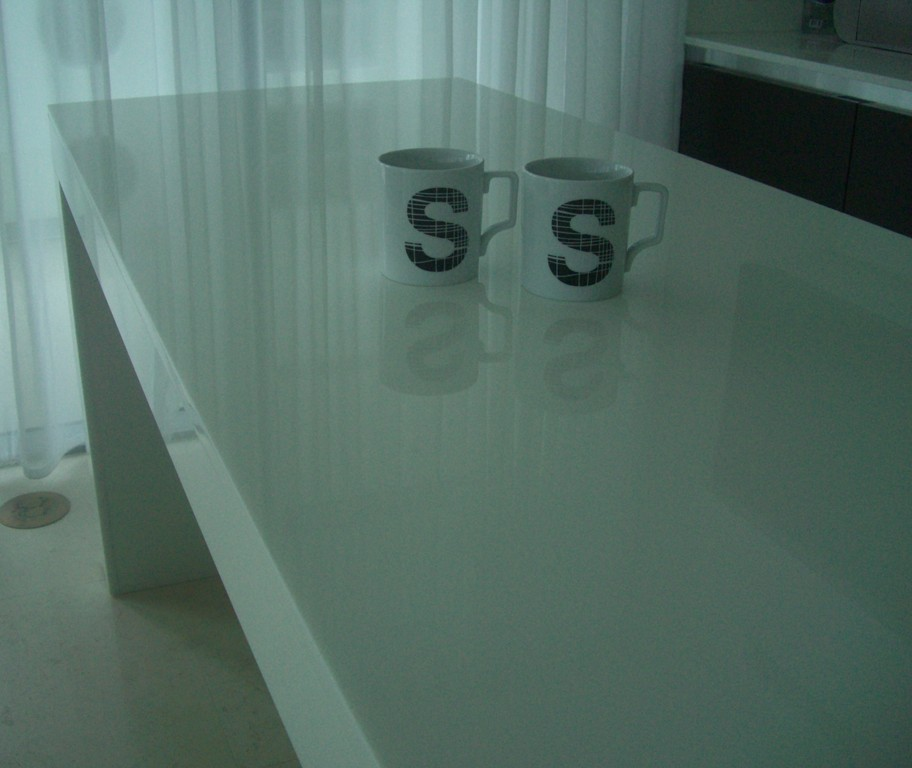 Table/Island in White Glass