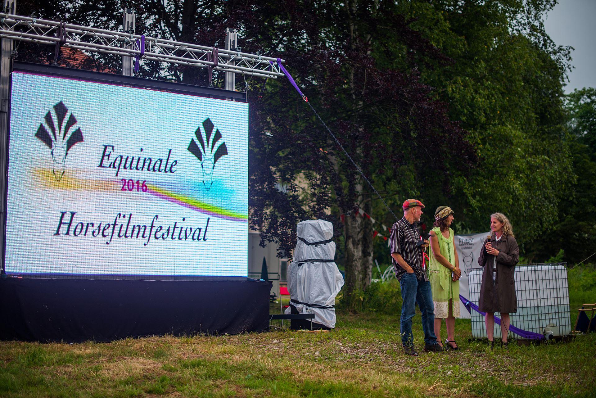 Gewinner Ralf Schauwacker, Nile v Pils (Equinale), Adelheid Borchardt (FN) Foto: Jens Seemann