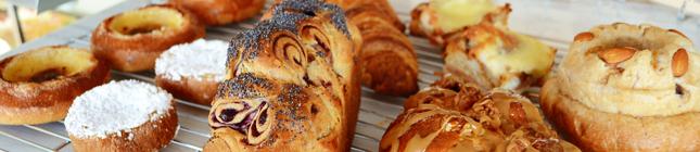 いろいろなパンの写真