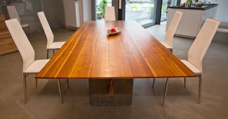 Tisch Jochen Katz Seckenheim