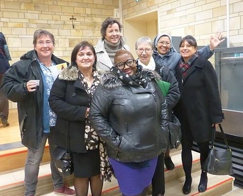 La nouvelle équipe du service des vocations : (de gauche à droite) Nelly Dousse, Nathalie Decouvelaere, Béatrice de Catheu, Maximilienne Bakot-Ndjock, Annick Le Brun, Soeur Jane, Evelyne Foucault.