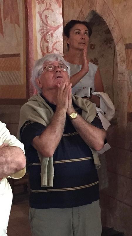 Jamais vu le P. Crétois dans un tel état de prière !