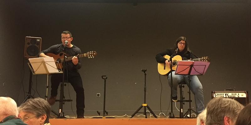L'orchestre Libertad avec le « Joseph et Anne-Lise band »