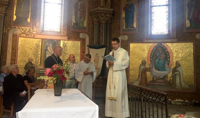 2e étape à l'église St Pierre de Montsort...