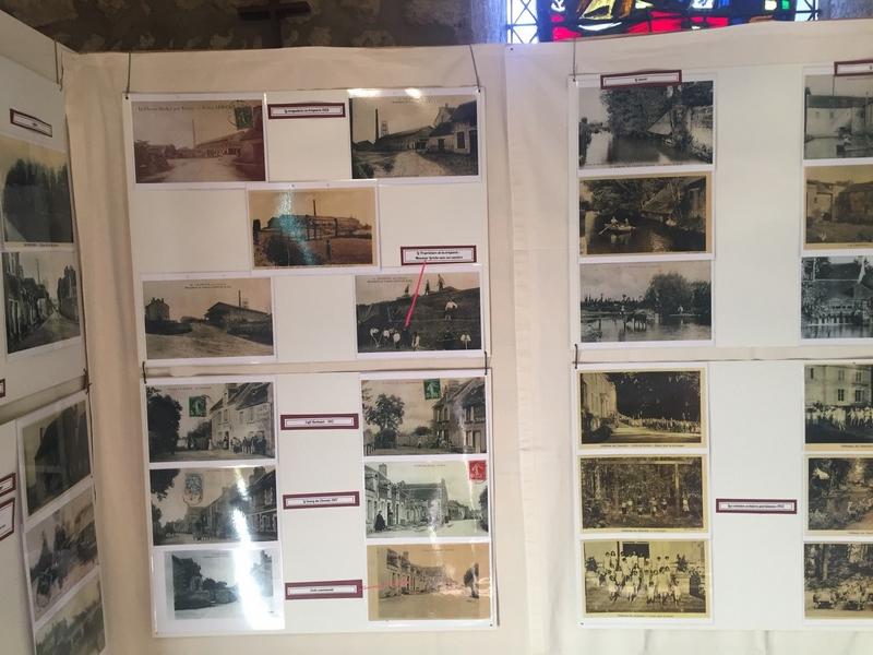 Certaines cartes postales représentent les élèves de l'école saint François de Sales réfugiés au Chevain suite aux bombardements sur l'école en 1944