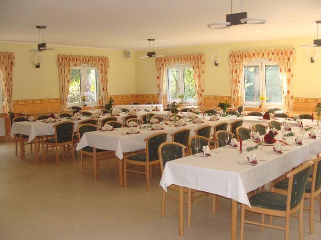 Vereinshaus bietet Platz für 80 Gäste