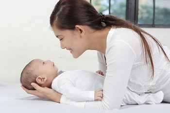 (新生児には質の高い眠りを提供しよう)