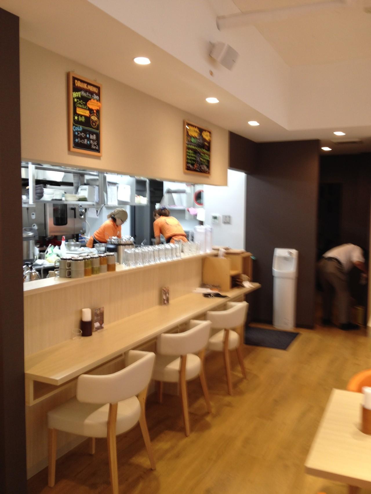 ハウス食品グループ本社が展開する団地食堂「スマイルデイズ」。私たちも応援します。
