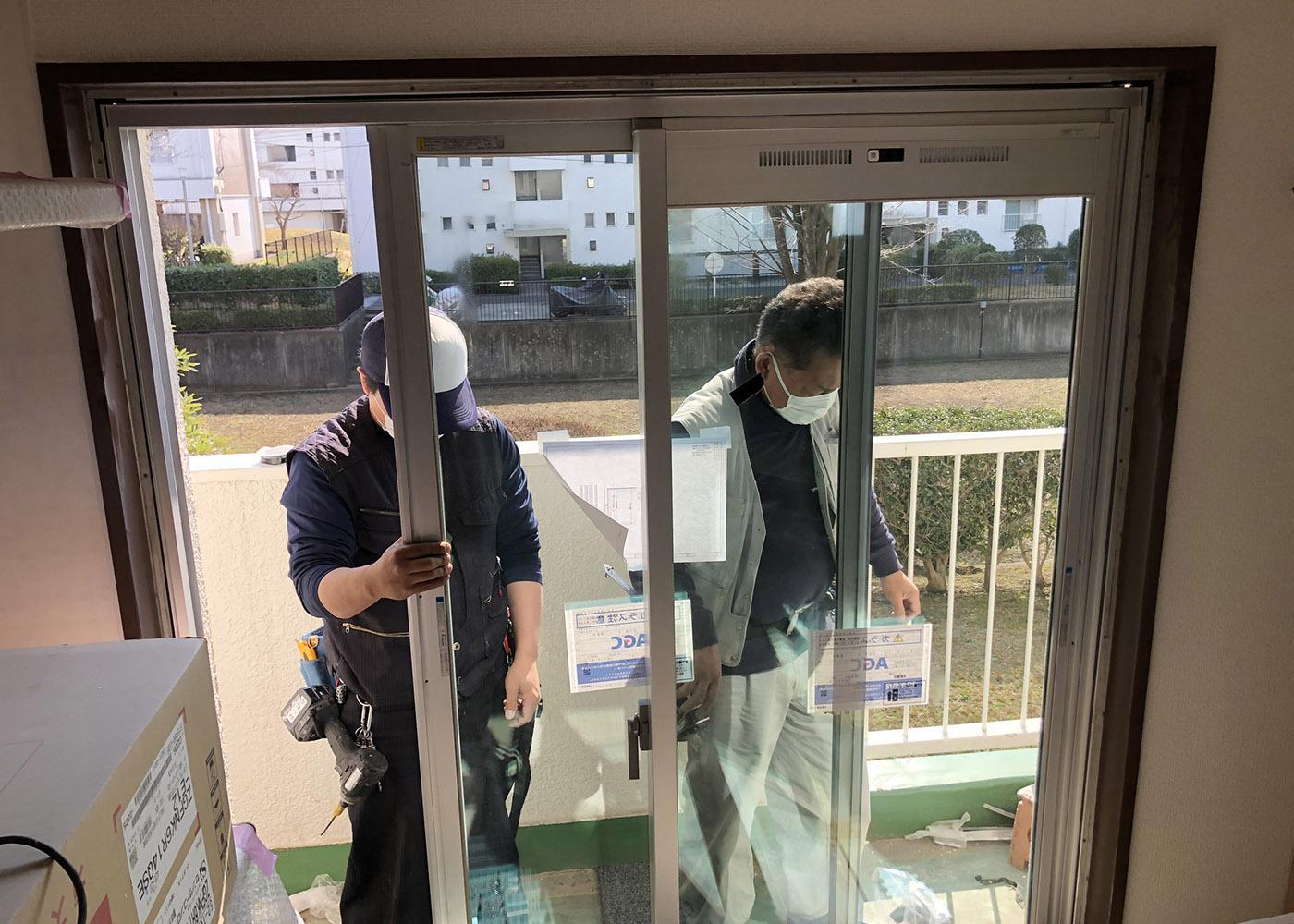 団地サッシ交換工事 カバー工法にて施工
