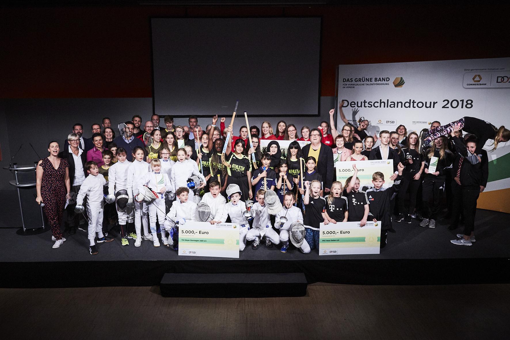 """Alle in Essen geehrte Vereine und SportlerInnen (© """"Das Grüne Band"""")"""