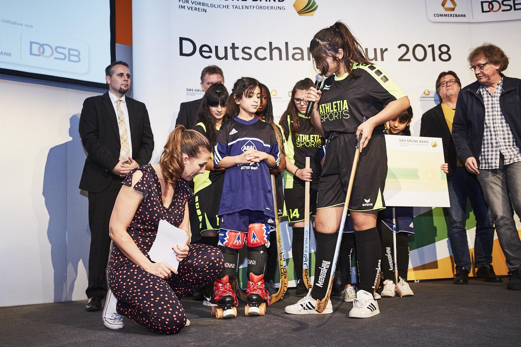 "Eliana im Interview! (© ""Das Grüne Band"")"