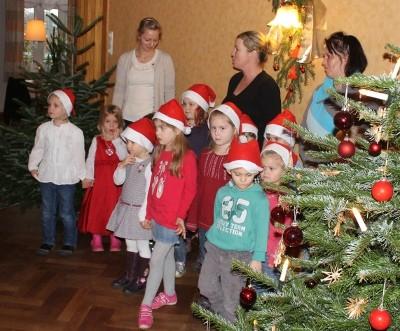 Der Kindergarten Schwesing singt ...