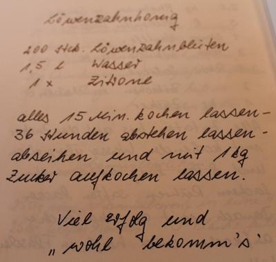 Löwenzahnsirup aus dem Kochbuch der Nordstrander Landfrauen