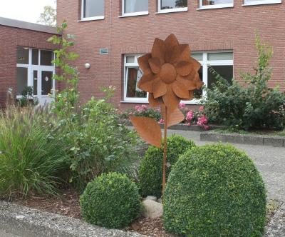 Eine Landfrauen-Blume von der LGS Schleswig