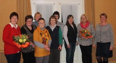 Der Vorstand 2015 mit den verabschiedeten Beisitzerinnen