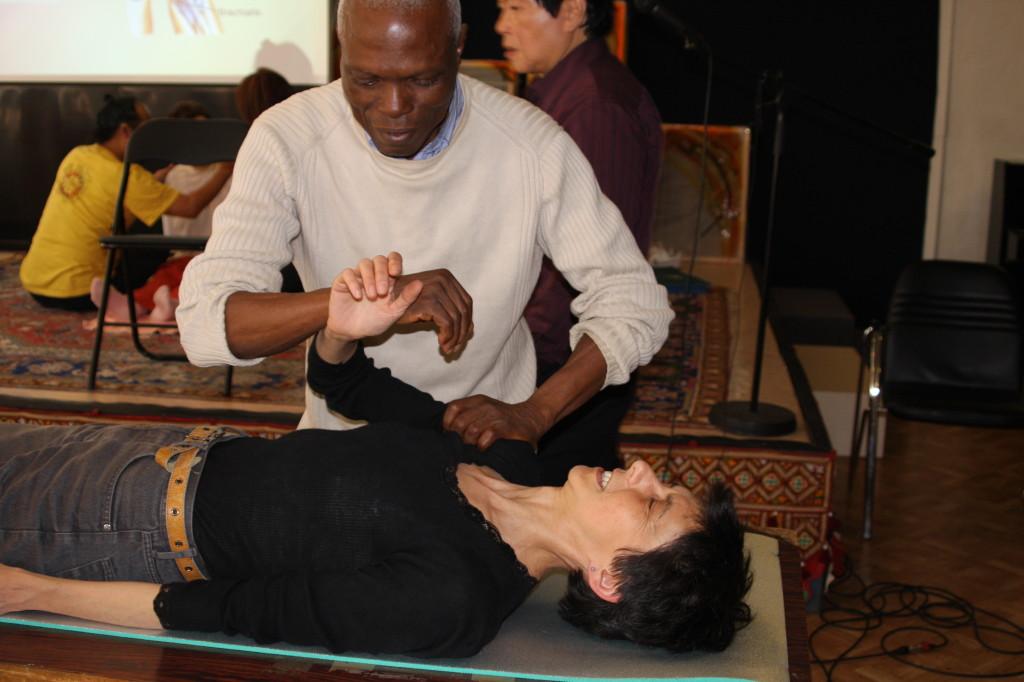 Chi Nei Tsang 3 : massage des muscles et des tendons