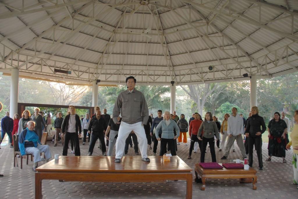 Exercices du matin au Tao Garden