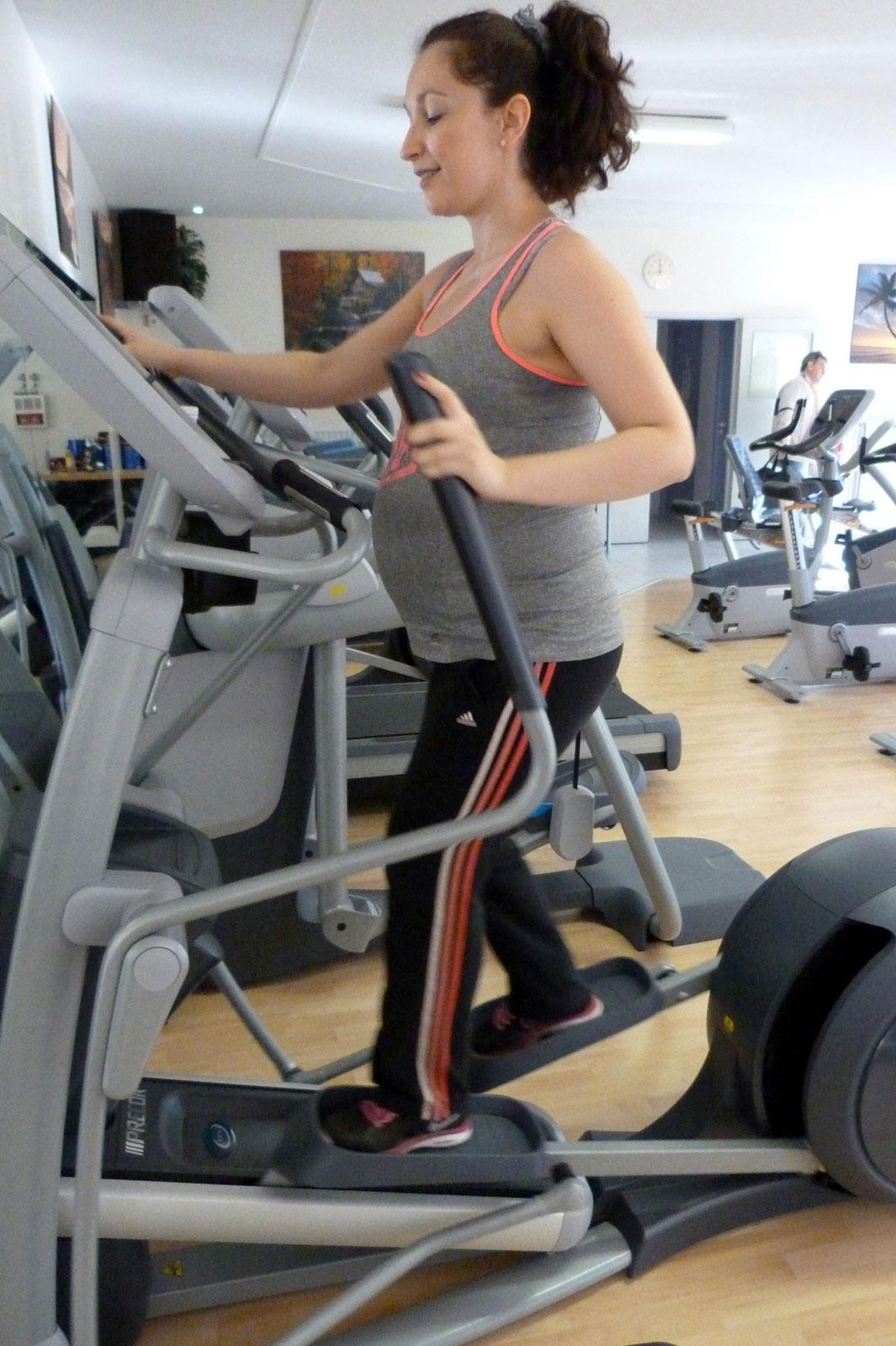 salle de sport bergerac Elliptique Fitness Crosstrainer EFX 835 CroosRamp Precor 2