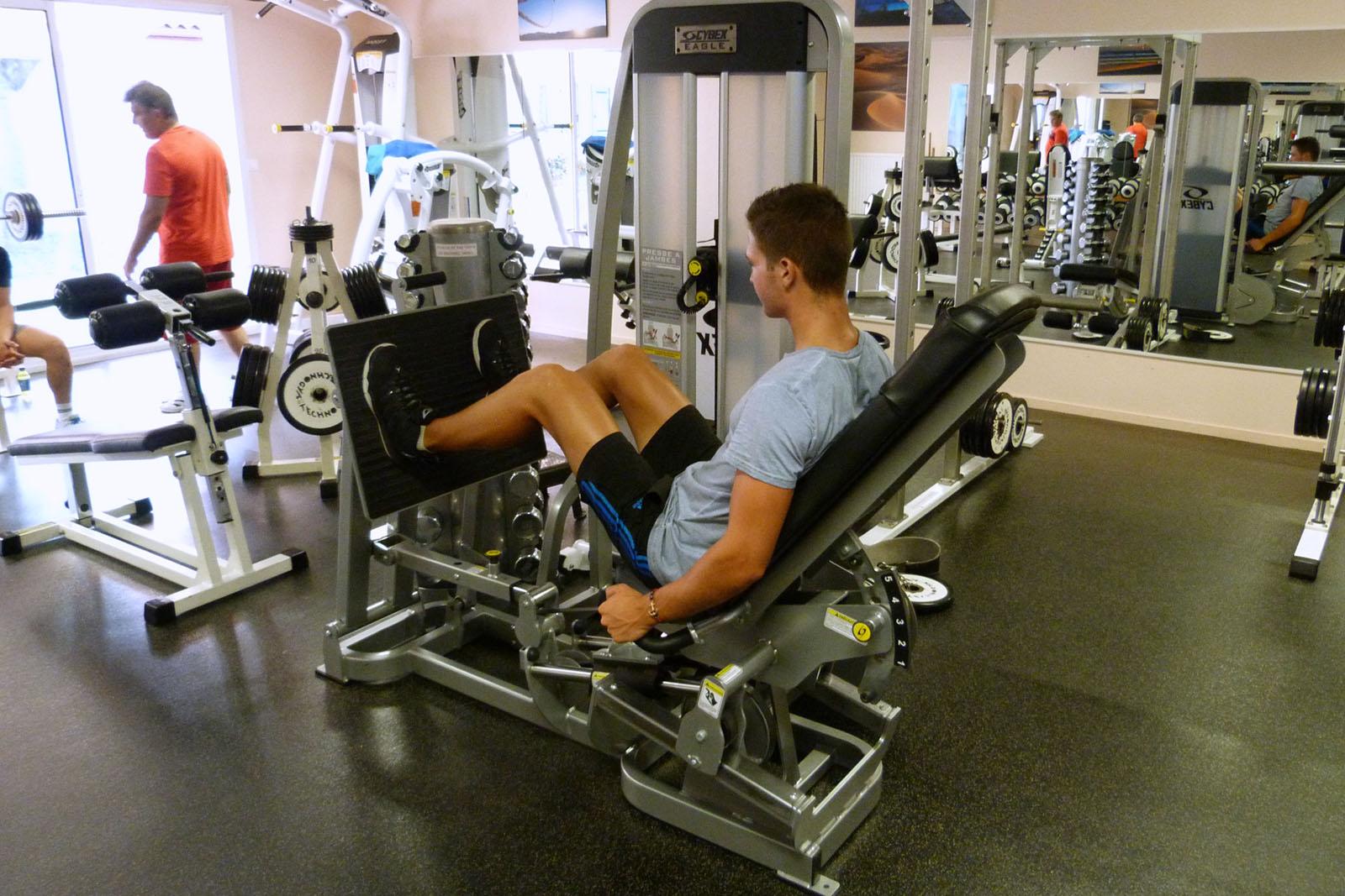 salle de sport bergerac leg press eagle cybex3