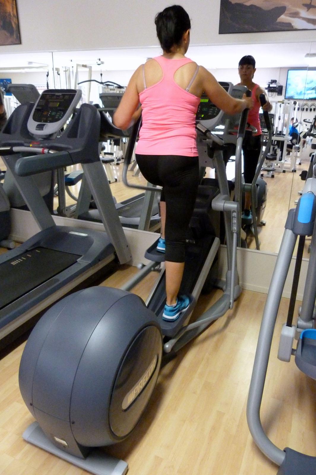 salle de sport bergerac Elliptique Fitness Crosstrainer EFX 835 CroosRamp Precor 3