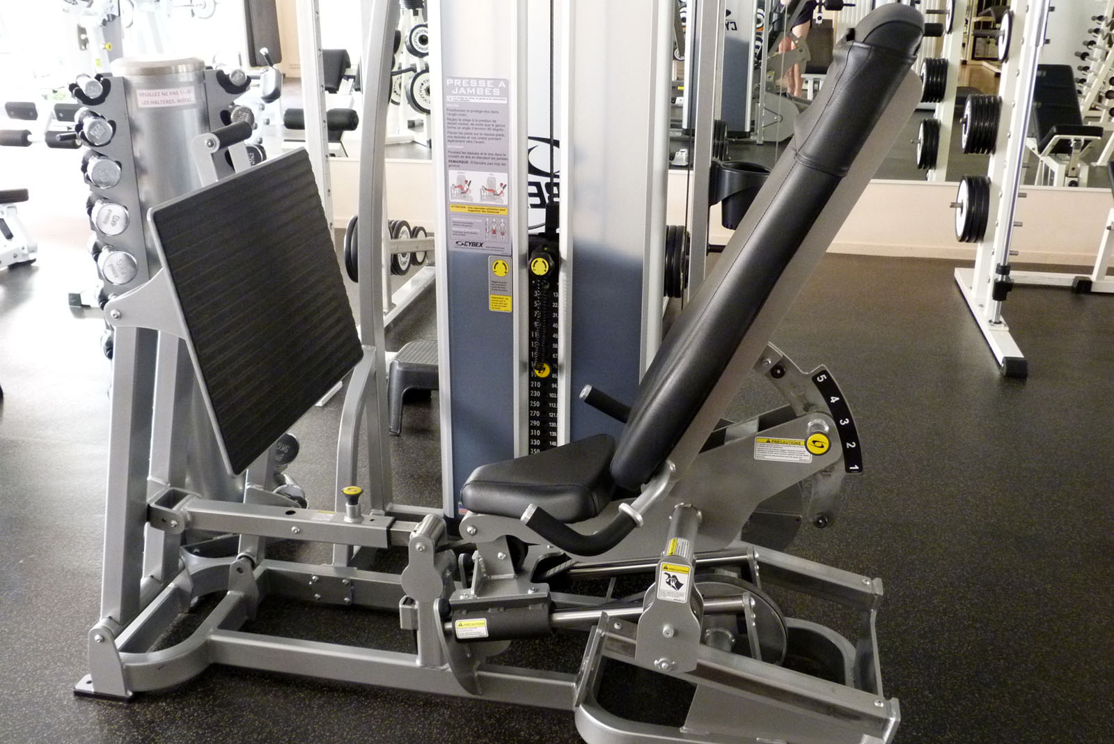 salle de sport bergerac leg press eagle cybex 1