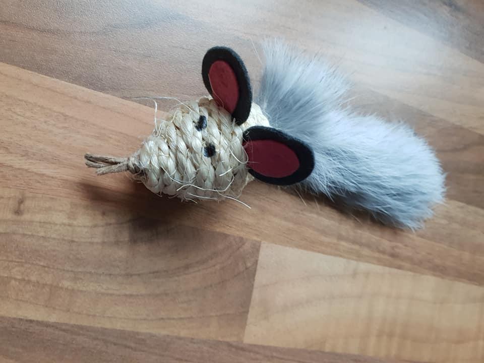 Ein Mäuschen fell Kaninchen in Silber