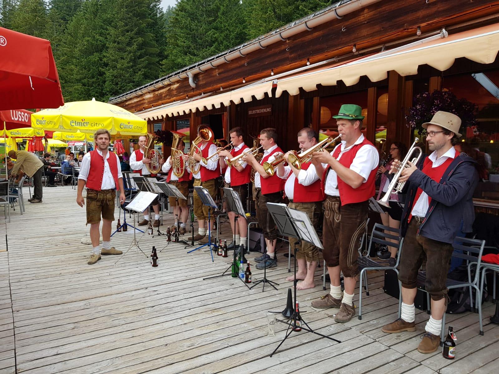 danach waren die Baholz-Musikanten aus Deutschland an der Reihe