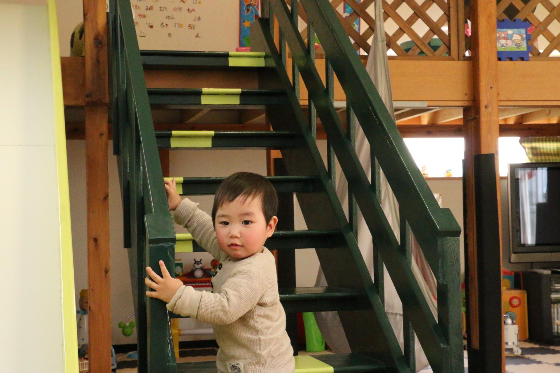 階段 気をつけてね(^_-)