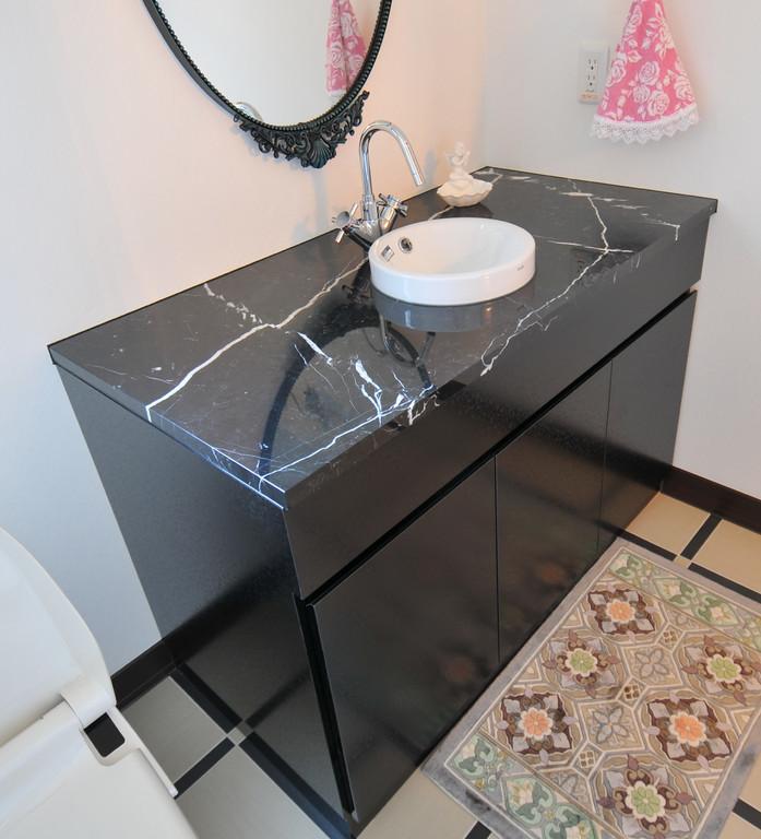 個人邸 手洗いカウンター(大理石)