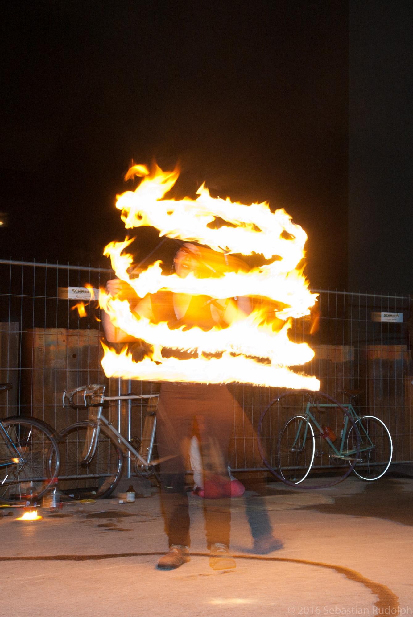 Feuershow: Flamedrum