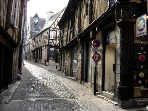 Rue Coursalon