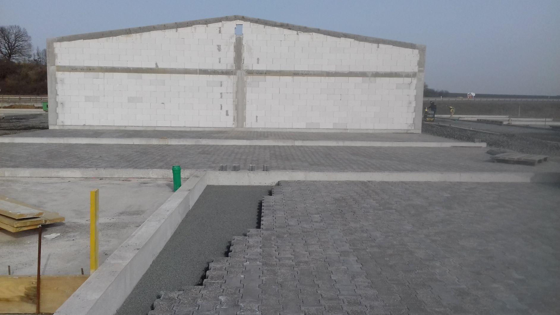 Nidderau: Pflasterarbeiten