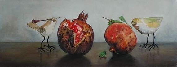 油彩WFO「石榴と木彫りの小鳥」