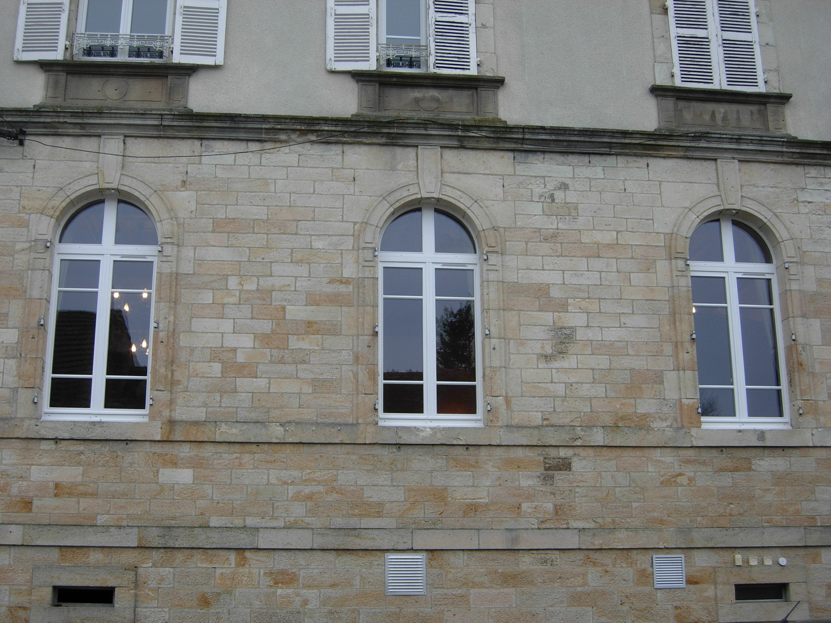 Fenêtres isolantes chêne