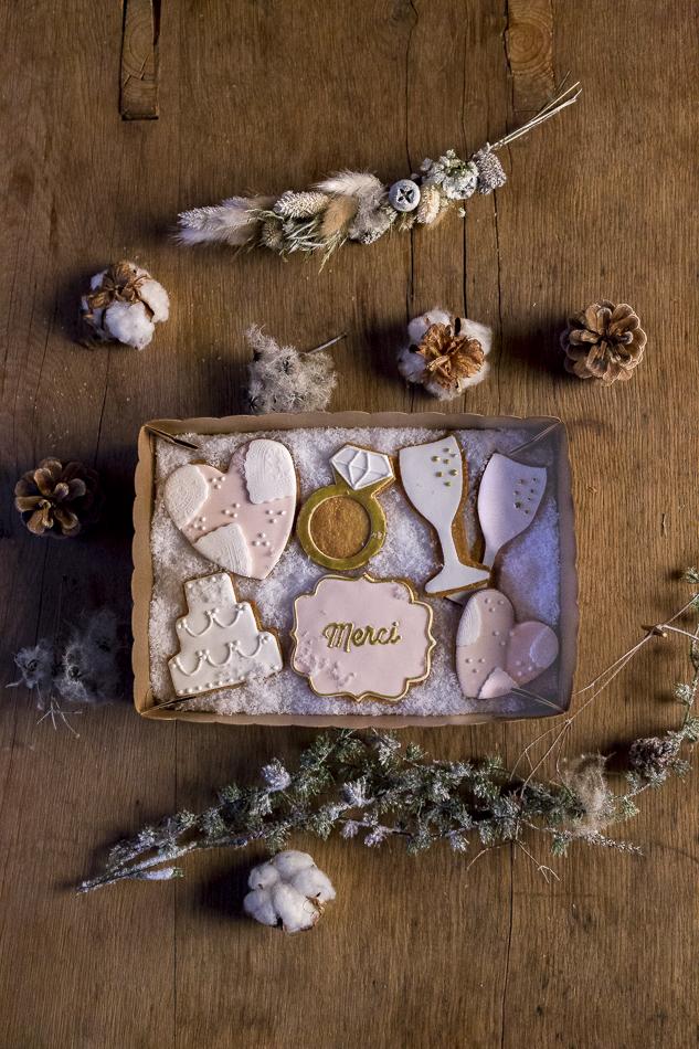Coffret de biscuits personnalisés à offrir en cadeaux invités (Paolette &Rosa)