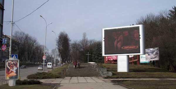 новый светодиодный экран для улицы