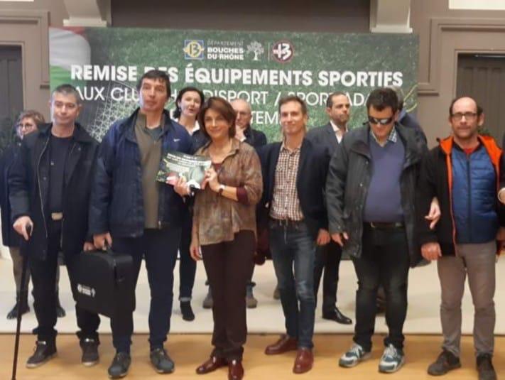 Remise des équipements sportifs aux clubs handiport