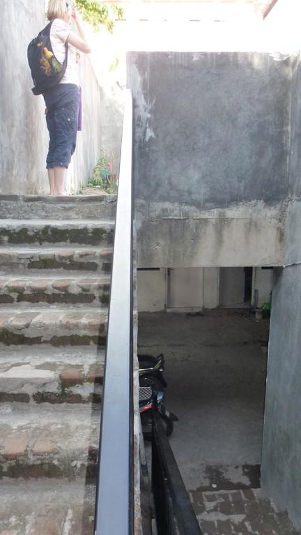 Treppe zum Obergeschoss.