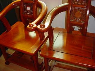導師用座椅子(10万円相当)